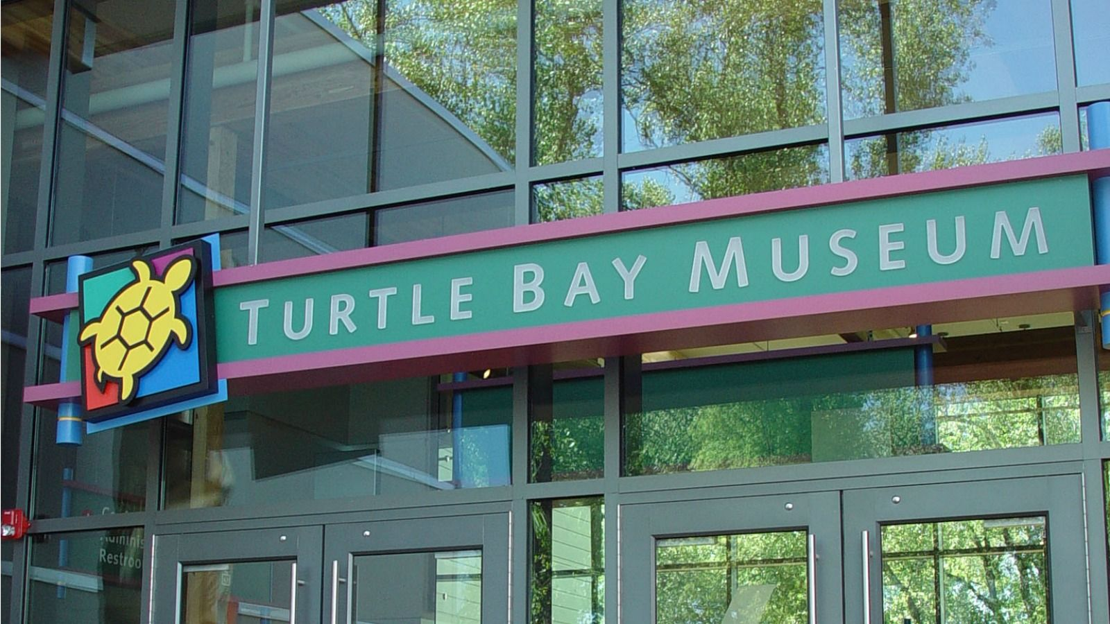 Turtle Bay Exploration Park - Entrance